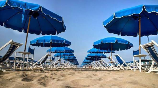 Stabilimenti balneari aperti fino al 31 ottobre