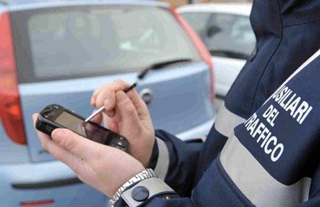 Attivati gli ausiliari del traffico, dal 15 febbraio potranno elevare sanzioni
