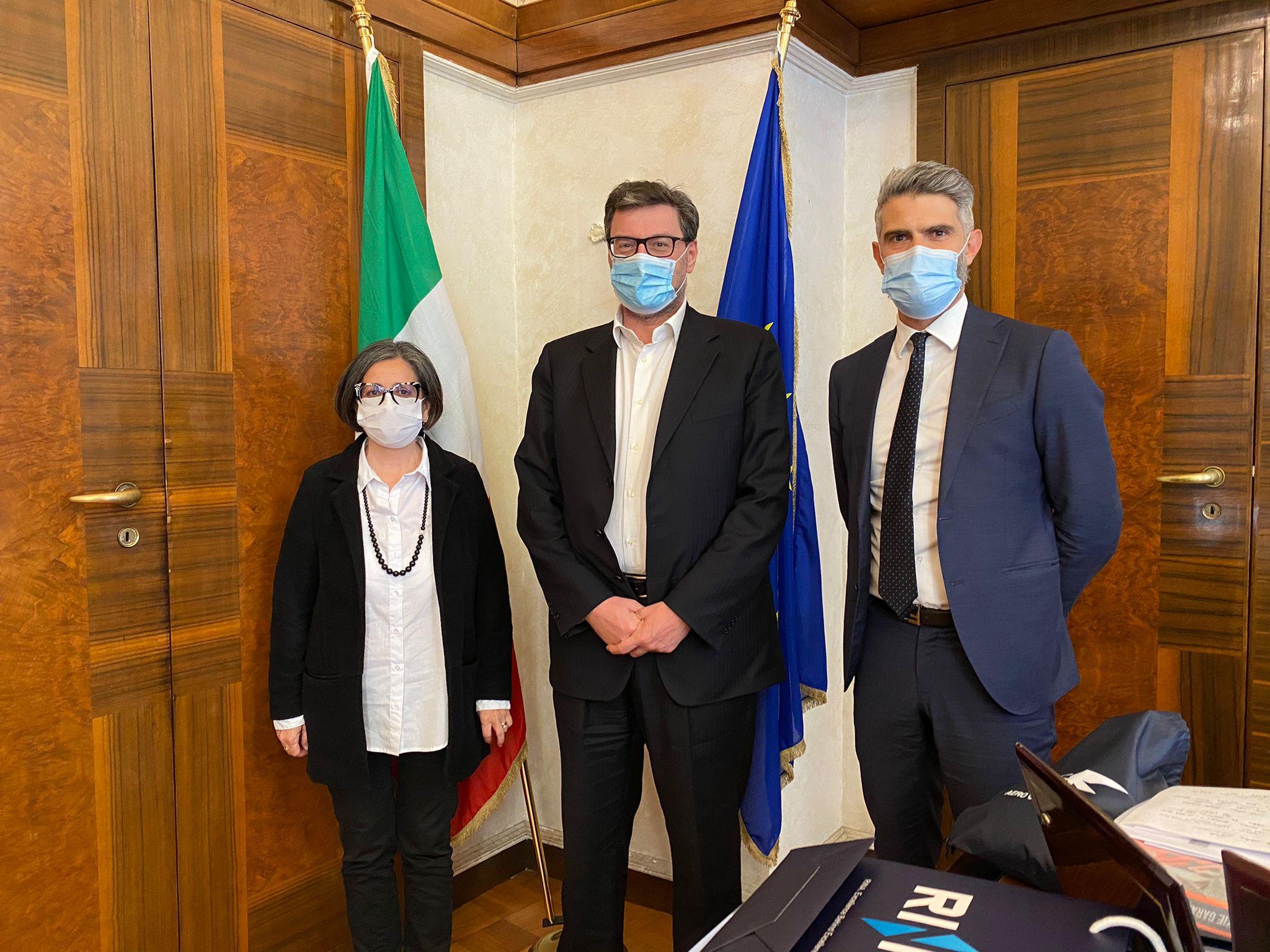 """Il sindaco Ferrari incontra il ministro Giorgetti: """"Una strategia comune per la siderurgia"""""""