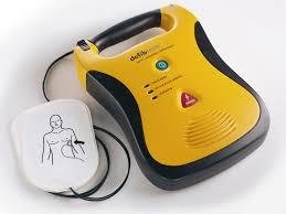 Saletta rossa. Unicoop Tirreno dona 4 defibrillatori al Consorzio Balneari Costa Est