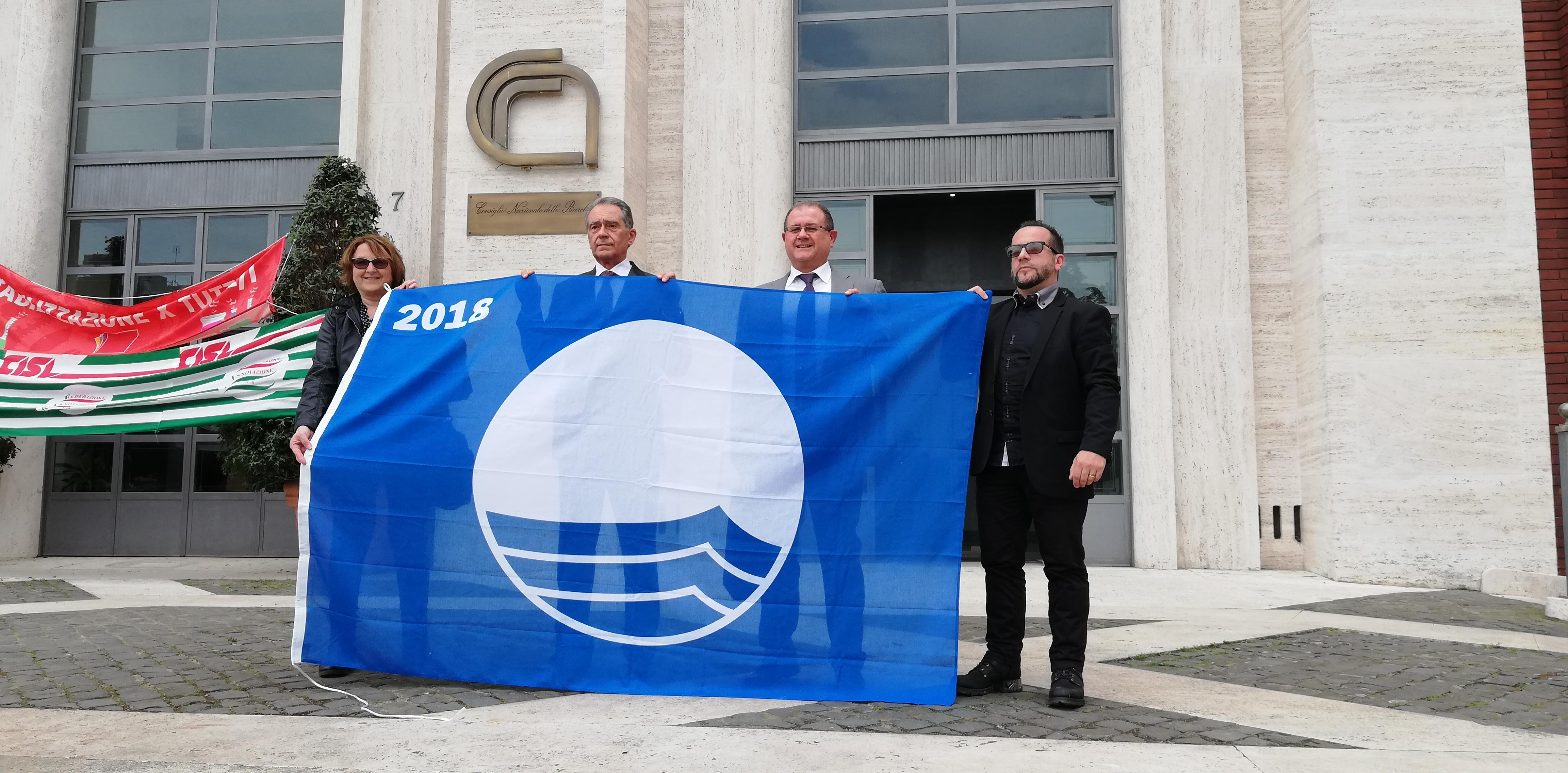 Confermata anche per il 2018 la Bandiera blu alla spiaggia della Sterpaia  nel Comune di Piombino