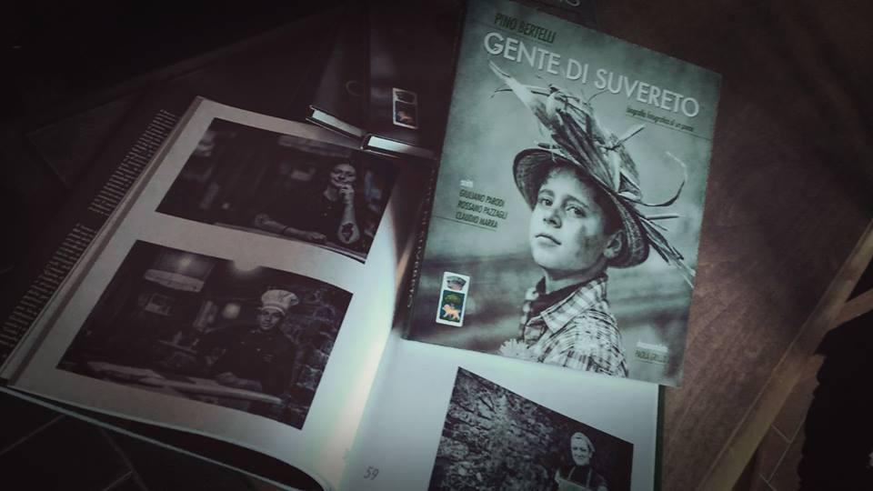 SUCCESSO DEL VOLUME FOTOGRAFICO GENTE DI SUVERETO. IL LIBRO E\' IN VENDITA IN COMUNE AL COSTO DI € 35 A COPIA.