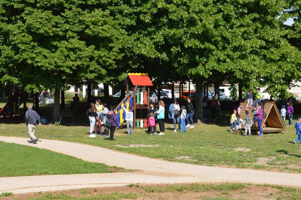 Salutiamoci l\'ultimo giorni di scuola! Quattro parchi pubblici a disposizione delle ultime classi di ogni ciclo