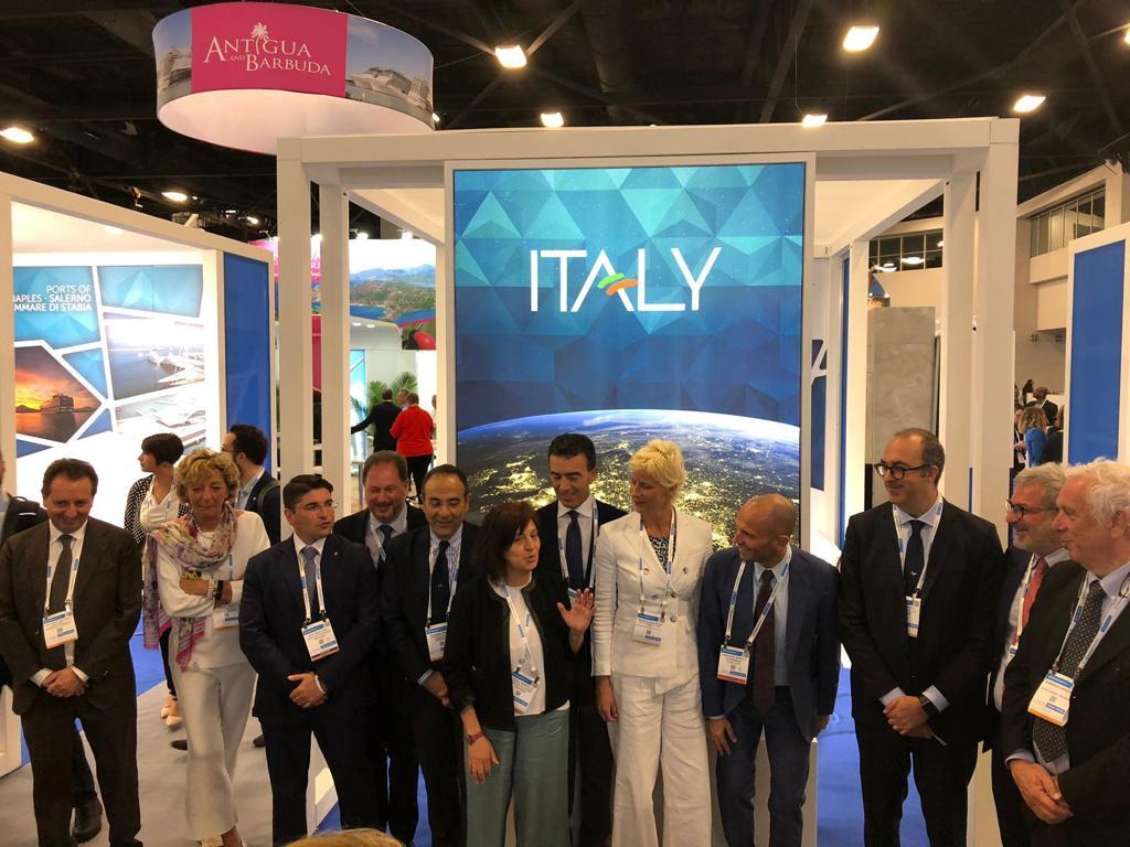 """Sea Trade Miami, Civitavecchia si conferma leader del crocieristico in Europa. Macii: """"Porti di Roma, pronti a raccogliere nuove sfide a tutela dell'ambiente"""""""