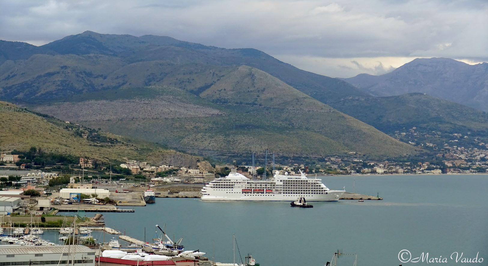 """Porto commerciale di Gaeta sempre più rispettoso dell'ambiente.  Di Majo (AdSP): """"Due affidamenti per nuova gestione degli impianti di depurazione e, per la prima volta, per raccolta rifiuti bordo nave"""""""
