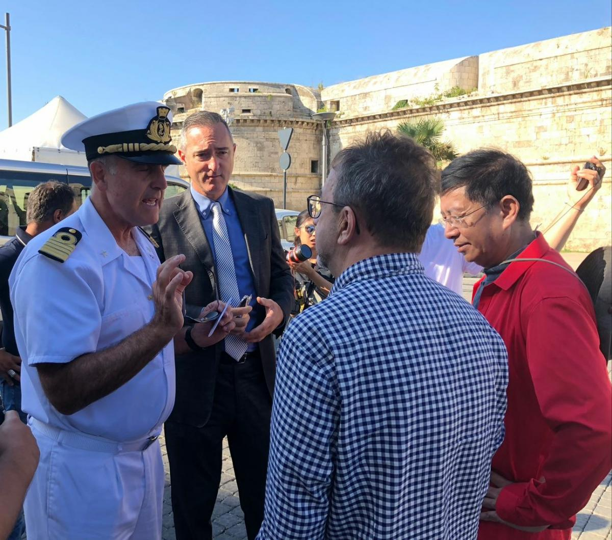 Delegazione della Tv di stato cinese in visita al porto di Civitavecchia