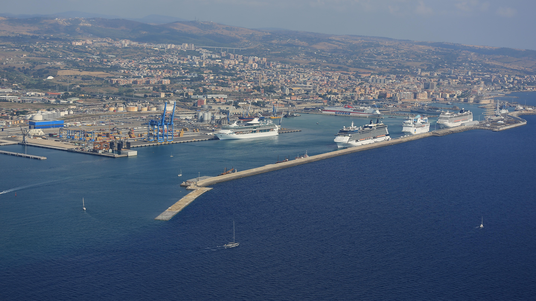 Porto di Civitavecchia, da venerdì operative le banchine 33 e 34 della Darsena Traghetti