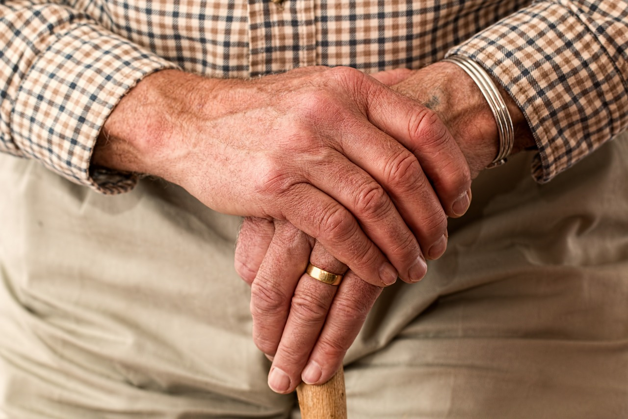 Abruzzo Care Family - COMUNI-CARE Voucher di servizio per famiglie multiproblematiche